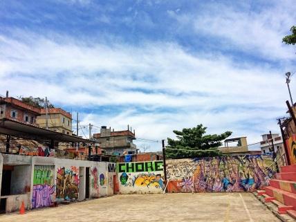 Encantos pelos cantos da Favela